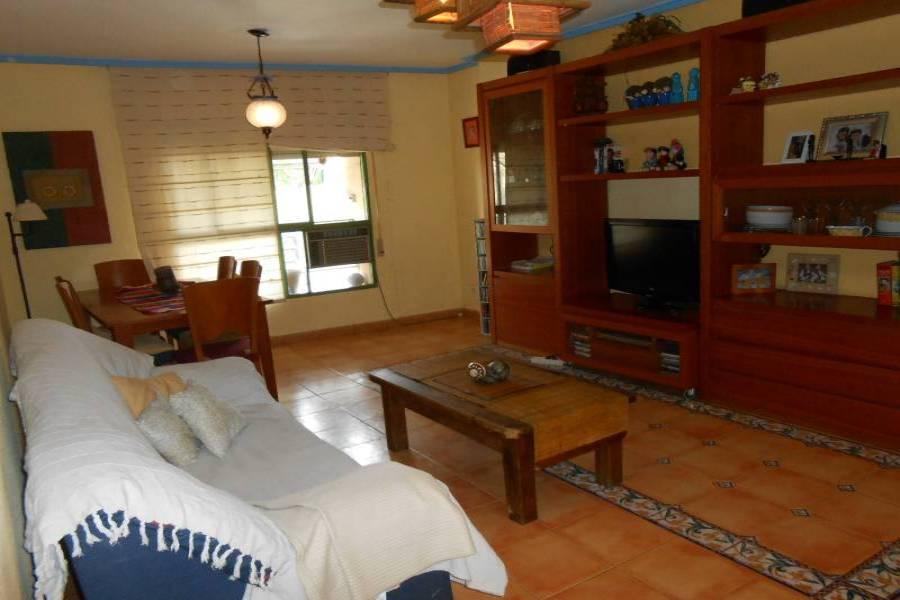 Alicante,Alicante,España,3 Bedrooms Bedrooms,2 BathroomsBathrooms,Pisos,9213