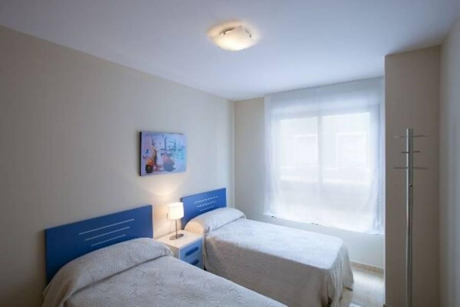 Alicante,Alicante,España,3 Bedrooms Bedrooms,2 BathroomsBathrooms,Pisos,9234