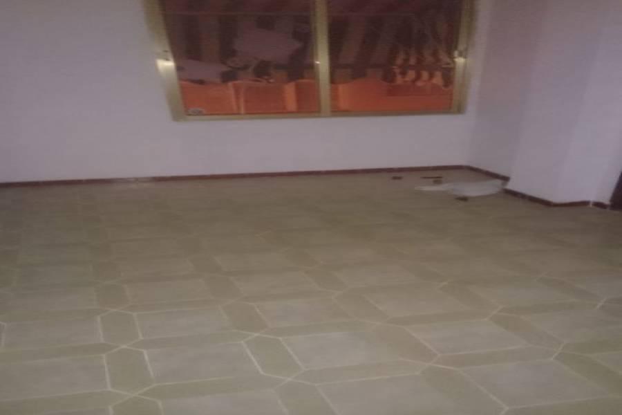 Alicante,Alicante,España,3 Bedrooms Bedrooms,1 BañoBathrooms,Pisos,9329