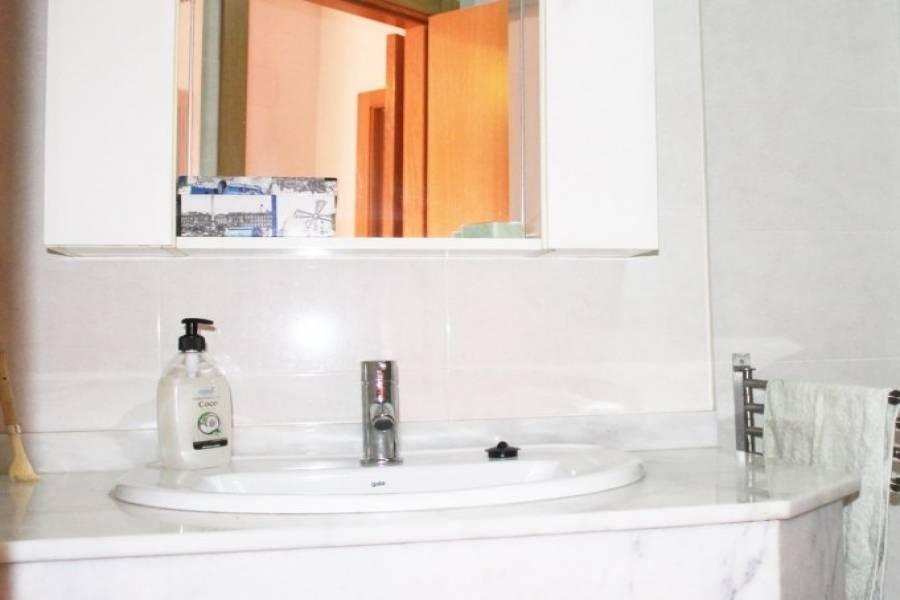 Dénia,Alicante,España,3 Bedrooms Bedrooms,2 BathroomsBathrooms,Pisos,9462