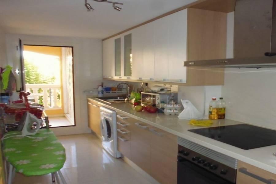 Dénia,Alicante,España,3 Bedrooms Bedrooms,2 BathroomsBathrooms,Pisos,9483
