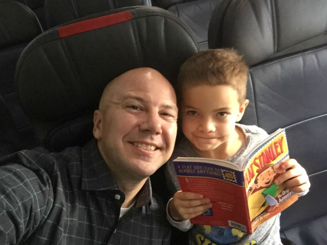 Flight to Sweden with Timmy January 2017