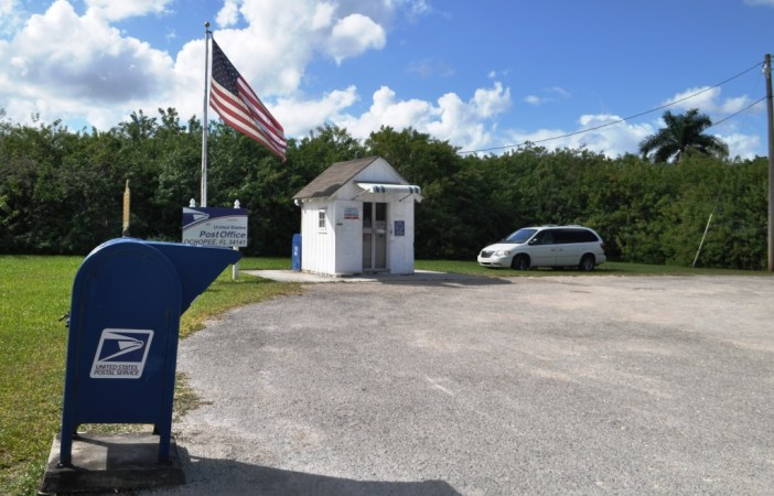 Mail An Everglades Postcard From The Smallest Post Office In The U.S.