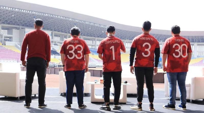 Walikota Solo, Gibran Rakabuming Raka, Sabtu (2032021) menghadiri perkenalan manajemen baru Persis Solo di Stadion Manahan.
