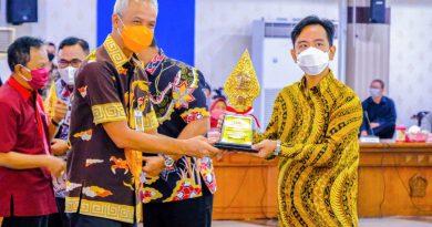 Pemkot Solo Raih Penghargaan Pembangunan Daerah Tahun 2021