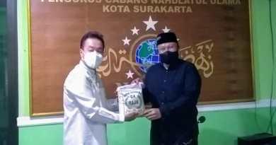 Tri Joko Santoso salurkan bantuan PPKM ke PC Nu Solo