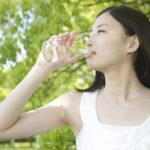 アトピー改善に効く飲み物や水分の摂り方など