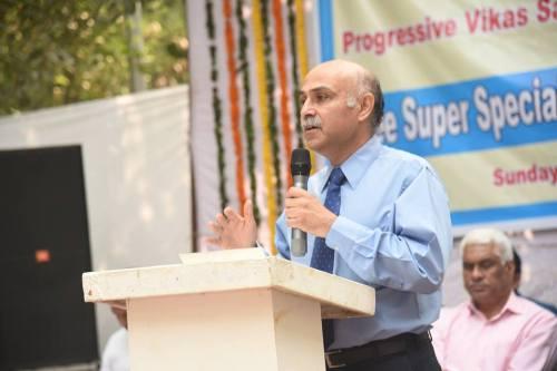 Dr Monik Mehta, Chief & Senior Consultant Cardiology 3