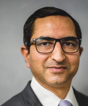 Dr Shobhit Kakkar