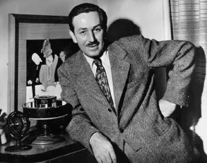 walt-disney_zoetrope-1940s