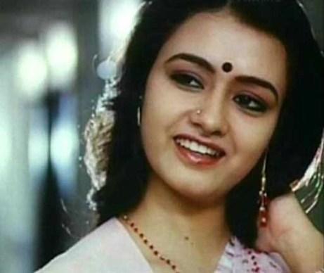 amala-old-malayalam-actress-cute-pic3