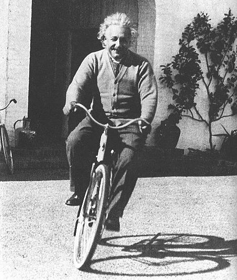 einstein-on-bikes