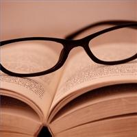 literary-criticism-vs_-literary-theory-200x200
