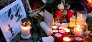 Hebdo_charlie_memorial_cartoon_Islam_Candles_Muslim_Left_Iran
