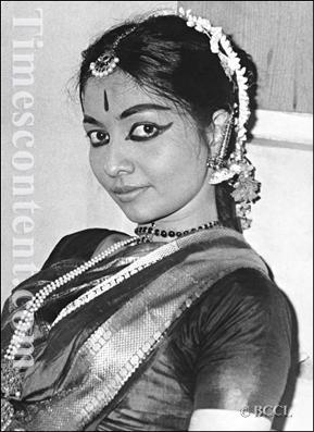Yamini-Krishnamurthy
