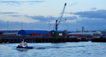 The Derwent leaving harbour (my thanks to Colin Sharpe, Port Development Manager, for the use of this photo)