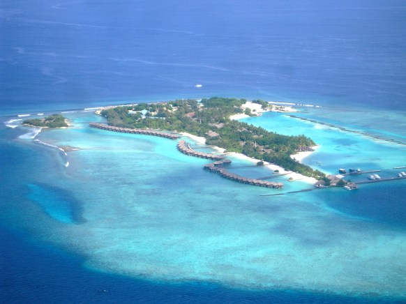 Maldives is famous for its many small islands, many featuring exclusive over-the-water bungalows.