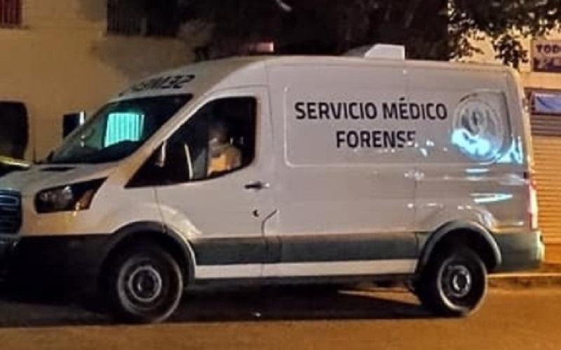 MADRE ENCUENTRA SUSPENDIDO A SU EBRIO HIJO