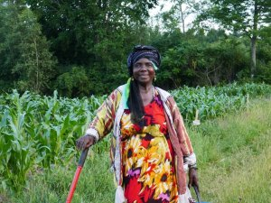 Somali Bantu woman in the field at Liberation Farms