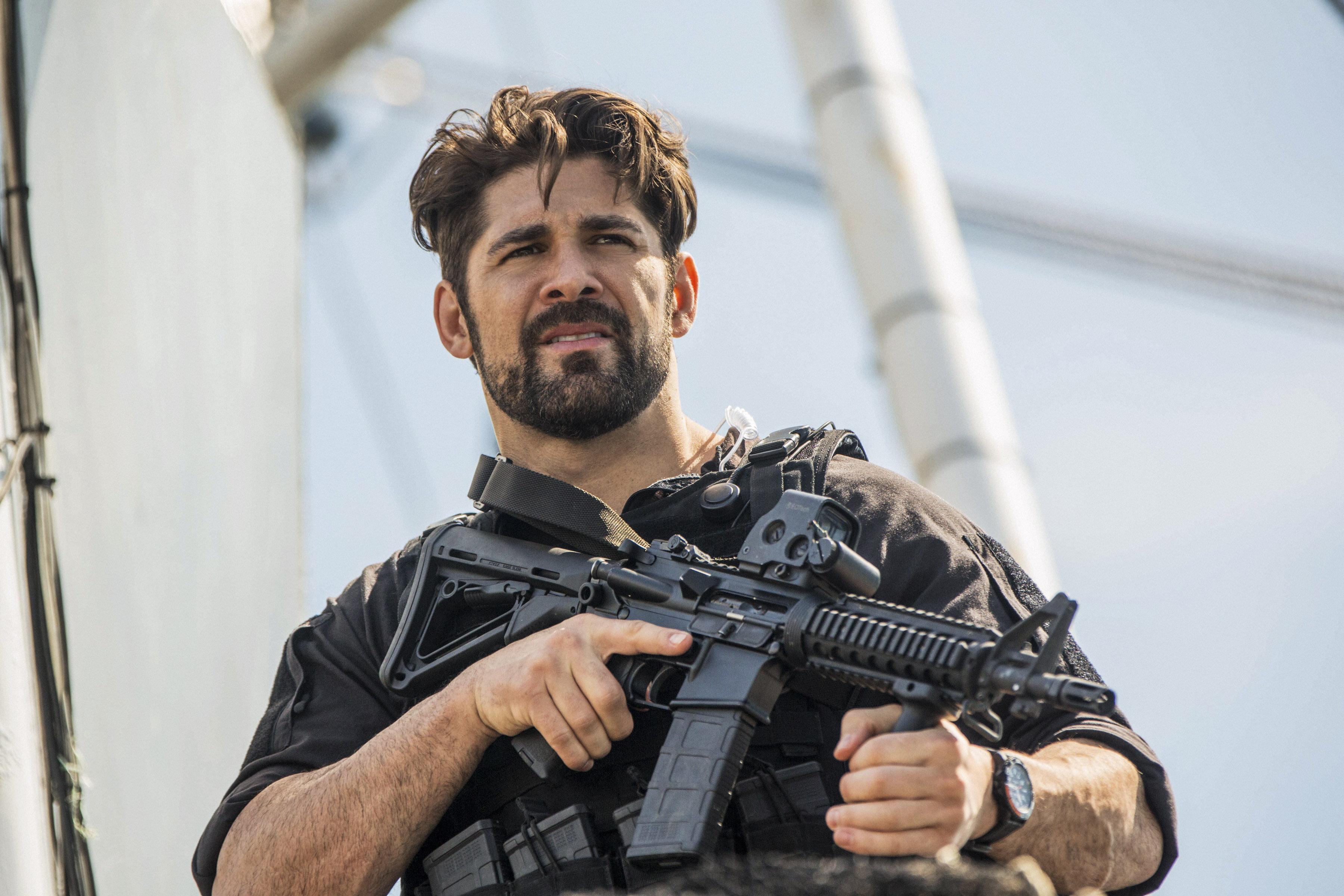 The Last Ship Season 4 Finale - 409 - Detect, Deceive, Destroy - Wolf (Bren Foster)