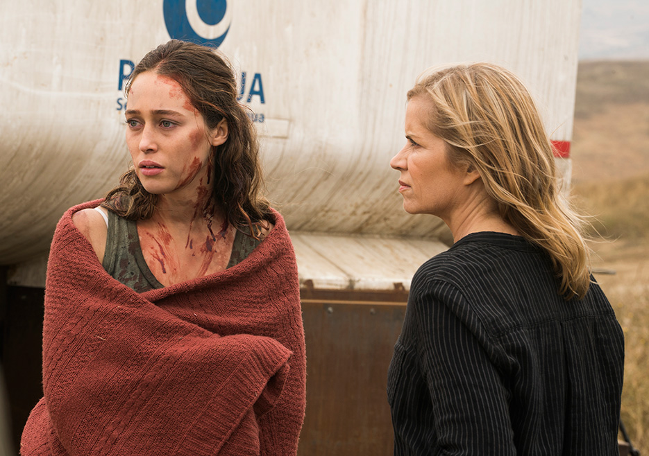 Alicia Clark (Alycia Debnam-Carey) and Madison Clark (Kim Dickens) in Episode 13 Fear The Walking Dead season 3 Photo credit: Richard Foreman Jr/AMC