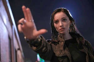 THE GIFTED: Emma Dumont in THE GIFTED premiering premiering Monday, Oct. 2 (9:00-10:00 PM ET/PT) on FOX. ©2017 Fox Broadcasting Co. Cr: Ryan Green/FOX