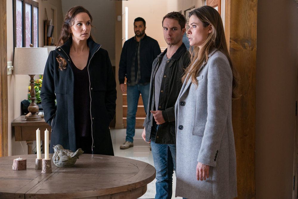 """COLONY -- """"Disposable Heroes"""" Episode 311 -- Pictured: (l-r) Sarah Wayne Callies as Katie Bowman, Will Brittain as Dave O'Neill, Peyton List as Amy Leonard -- (Photo by: Daniel Power/USA Network)"""