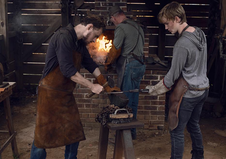 Alden (Callan McAuliffe) and Henry (Matt Lintz) in Episode 8 The Walking Dead season 9 Photo credit: Gene Page/AMC