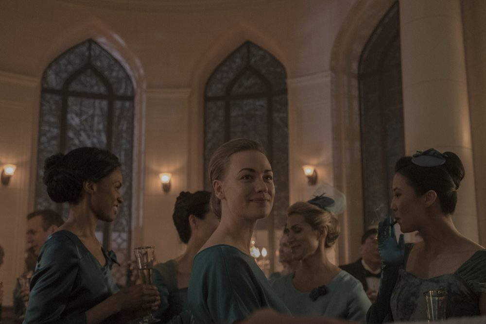 "The Handmaid's Tale -- ""Under His Eye"" - Episode 307 - Serena mingles with the DC wives."