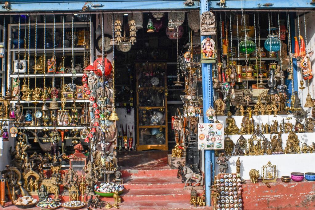 Shop selling Antiques, Old Kochi