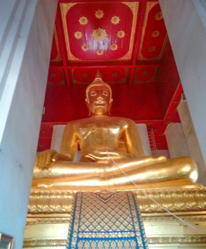 Buddha Statue at Wat Mongkhon Bophit, Ayutthaya
