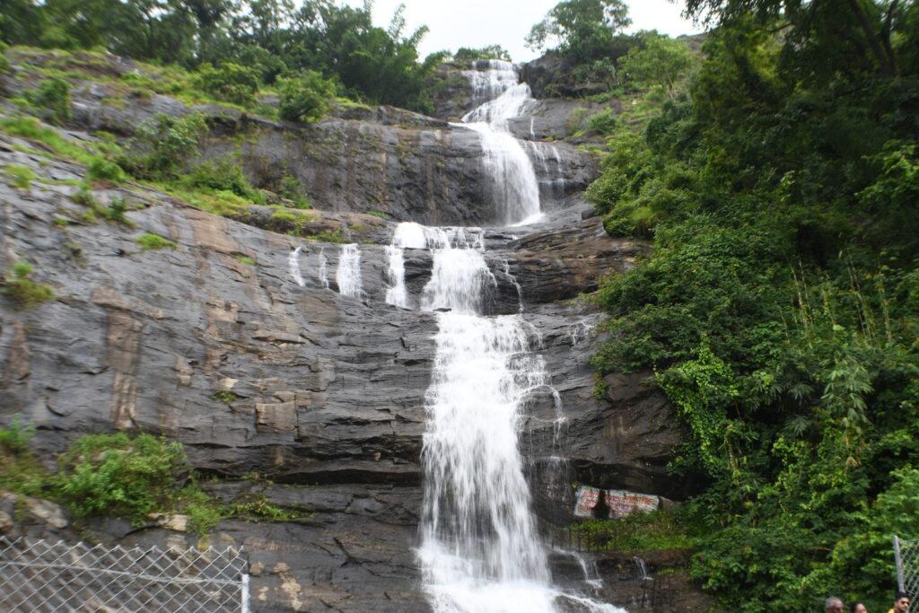 Cheeyarappa Waterfall, Munnar @Rafiq Somani