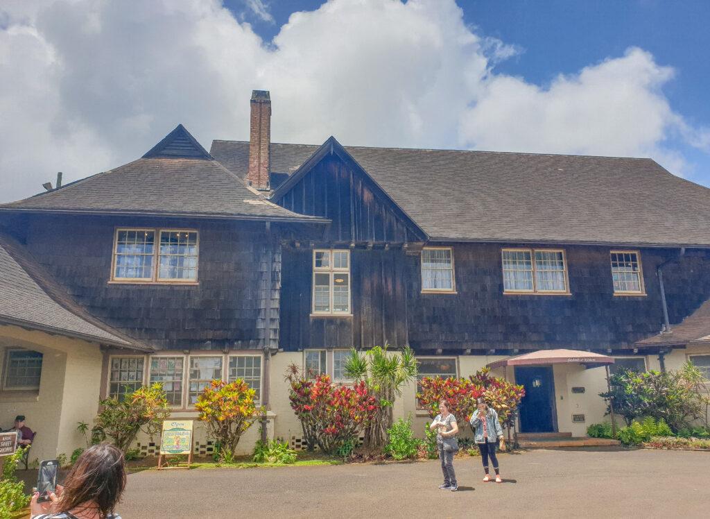 Tudor-Mansion-Kilhona-Plantation
