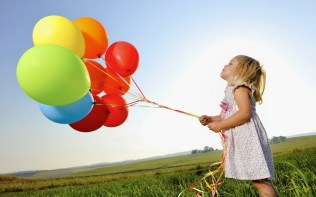 bigpreview_Little-Girl-with-Balloons