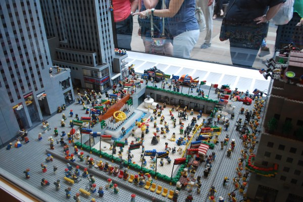 Lego Summer Nyc Edition Somber Scribbler