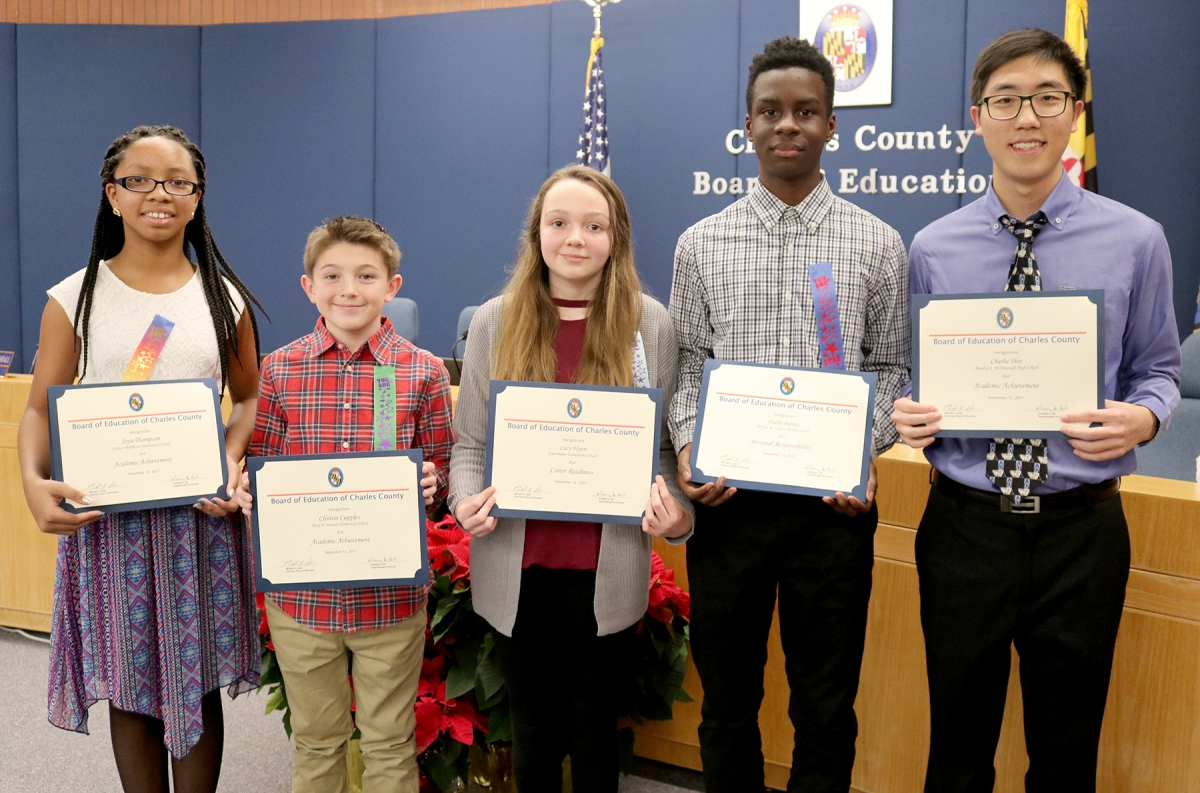 Chas Co Board Of Ed Honors Exemplary Students For