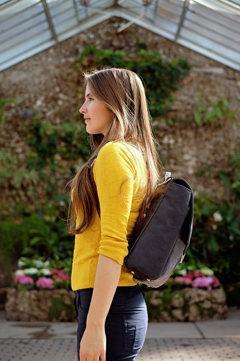 The Kelly Moore backpack in midnight.