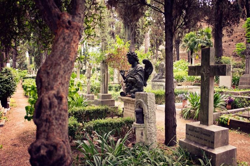 non-catholic cemetery