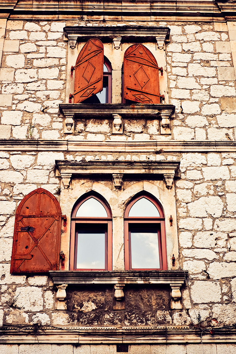 Mostar Windows