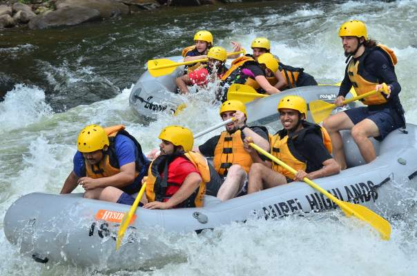 white_water_rafting_boat