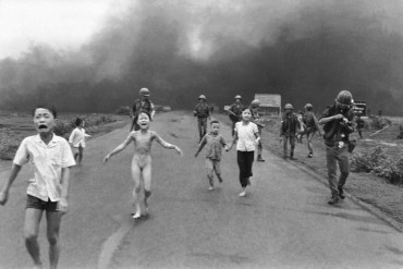 Girl from Vietnam Napalm Photo 40 Years Later