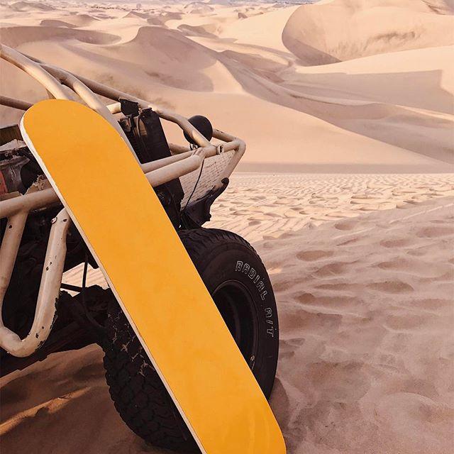 That time we were left in the #desert on our own. #sandboarding #adventuretravel #peru?? @jesstcheng @joeylam124 #takemoreadventures