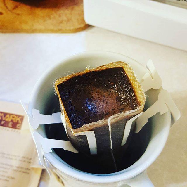 Insta-coffee from Vietnam. Thanks @papayatee