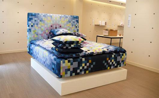 pixel-pattern-sofa-3