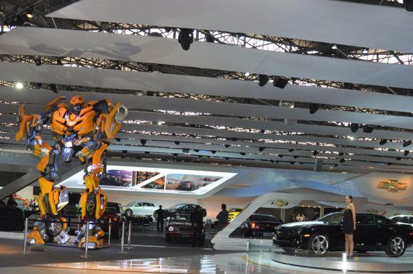 Transformers no Salão do Automóvel 2010