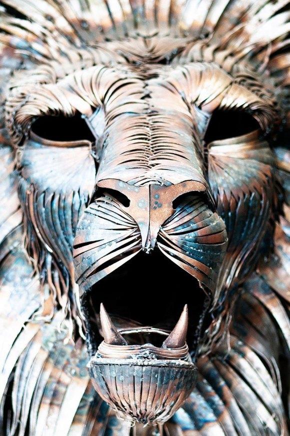 Leão de Metal - Escultura (4)
