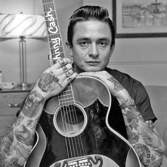Tatuagens falsas em pessoas famosas (8)