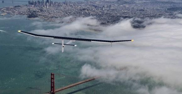 Um avião movido a energia solar pretende dar a volta ao mundo