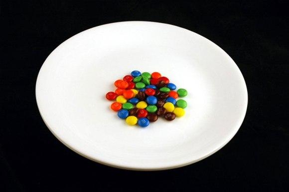 40 gramas de M&M's