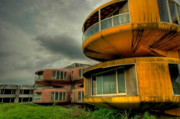 Cidades abandonadas - Sanzhi Pod (1)